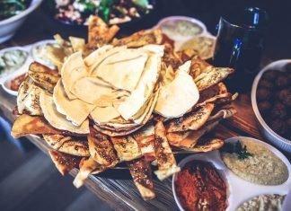 Cheese naan o pan de queso indio