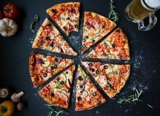 Diseñan los cajeros automáticos de pizza