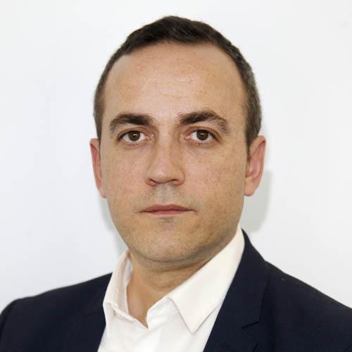 Rubén J. Lapetra